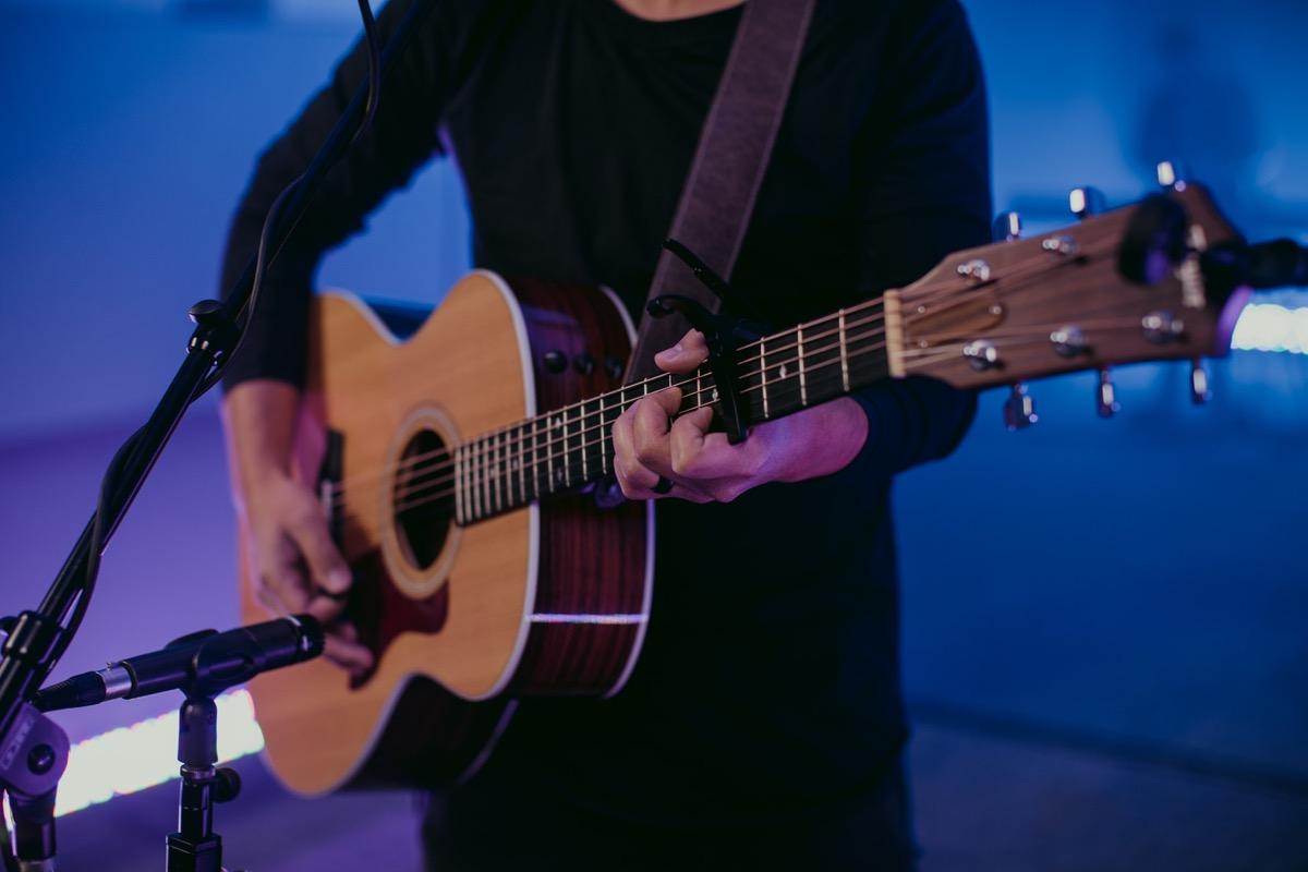 ギター 香水